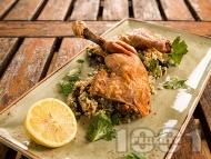 Рецепта Сочни мариновани пилешки бутчета с кускус и лимон